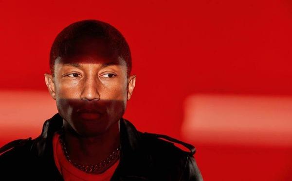 247787e5379af Pharrell Williams lanza una colección para Chanel